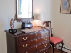 Signor - Master Bed Dresser
